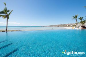 The Beach Club Infinity Pool at CostaBaja Resort & Spa/Oyster