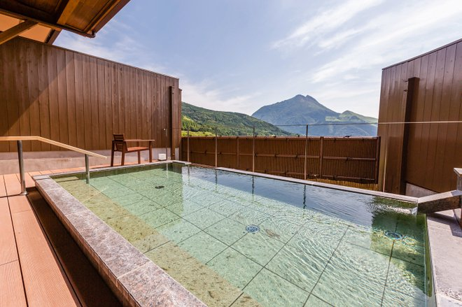 Baño público en Yufuin Hanayoshi / Oyster