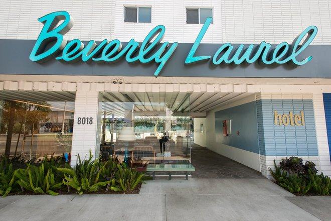 Hotel Beverly Laurel Motor / Oyster