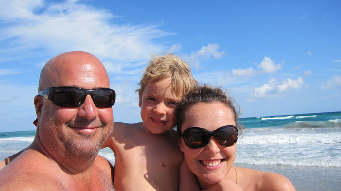 Personal Zimmern photo: Zimmern, his wife Rishia, and their son Noah on the beach in Florida