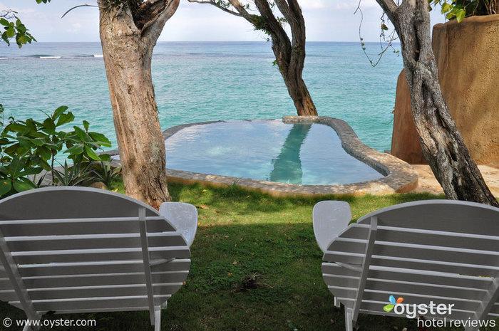 Piscina de la cabaña de una habitación en Jamaica Inn
