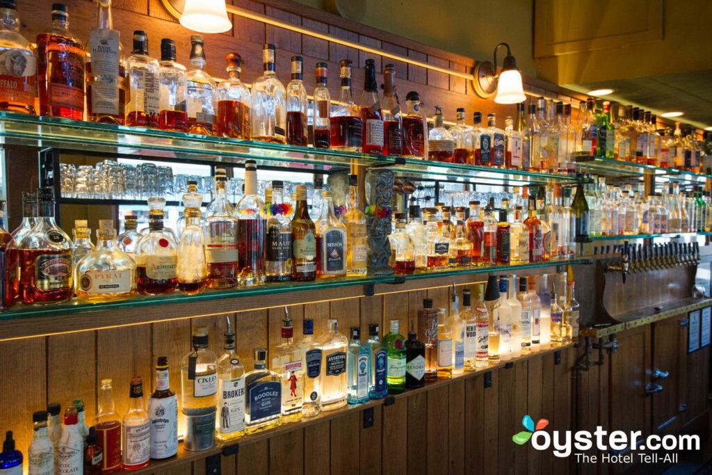 Bar nel centro di Portland / Oyster