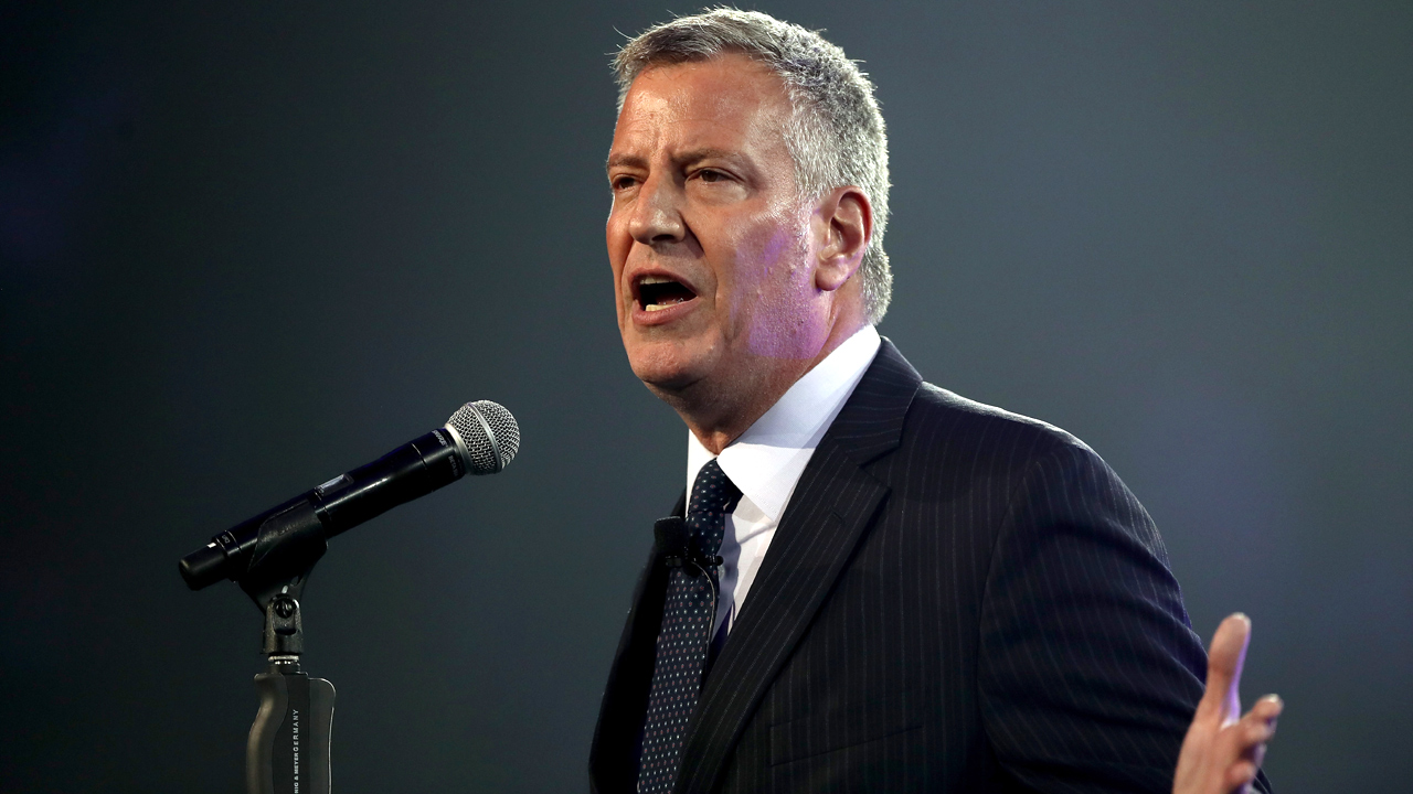 NYC%20Mayor%20Bill%20de%20Blasio_1478851552311_149490_ver1_20170126132533-159532