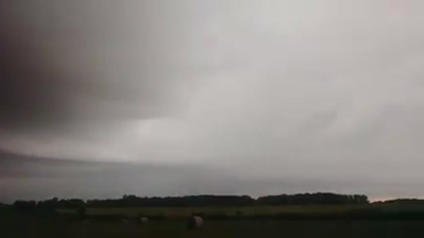 Angi Mari Reuther storm video_63520956