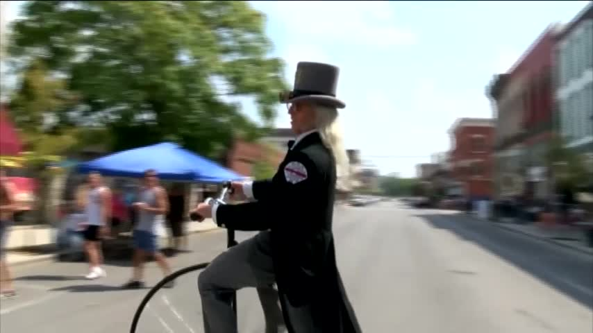 Over 8-000 Expected at Big River Steampunk Festival_65306988