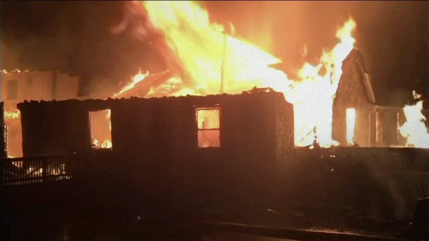 Historic Arkansas Church Catches Fire_17937833