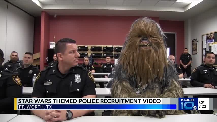 Meet Officer Chewbacca of a Texas Police Department_15317138