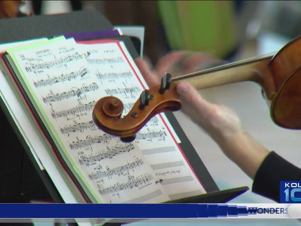 Springfield_Symphony_Orchestra_Plays_Chr_0_20171216035726
