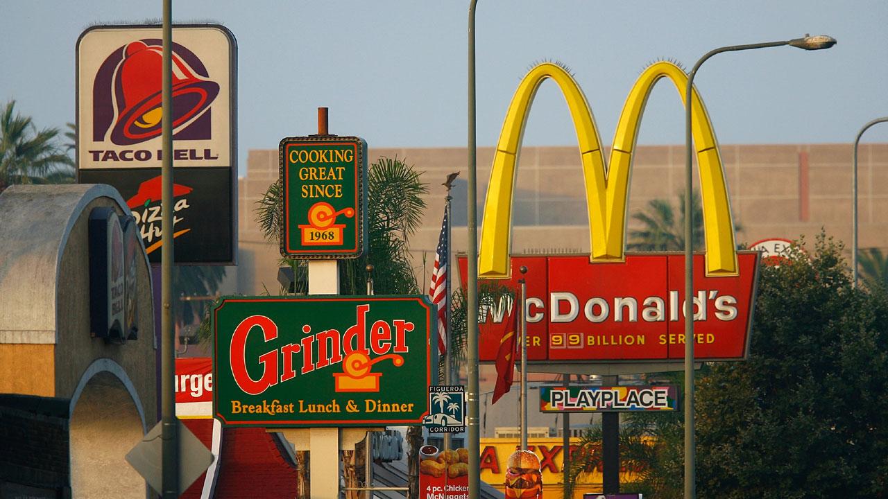 fast food restaurant signs59374791-159532