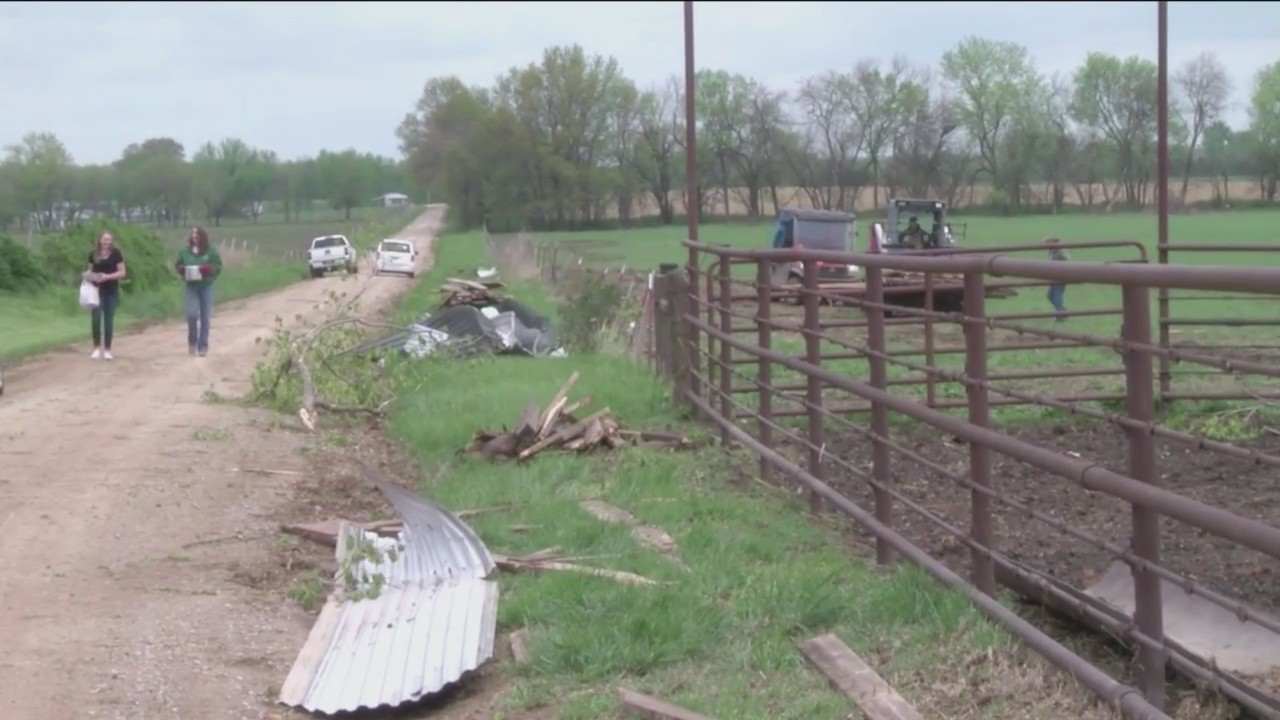 Storms_in_southwest_Missouri_threaten_fa_0_20190419022341