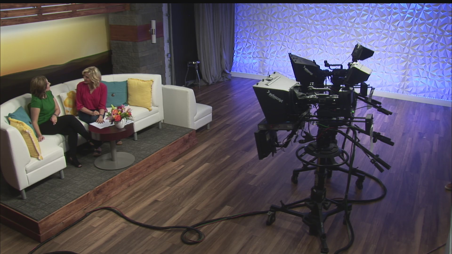 Host Chat - Joy & Beth Finello - 5/15/19