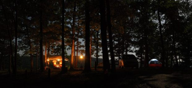 Night picture of the Pines Overlook Campsite, Red Bluff campground