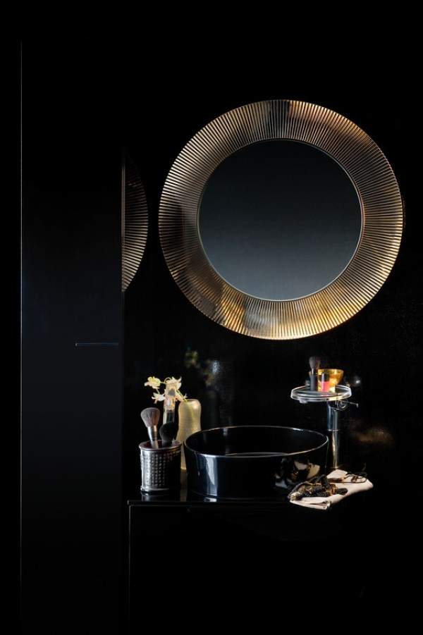 AP01_K34_KbyL_Press_black_gold_mirror_TF_ppt_A4