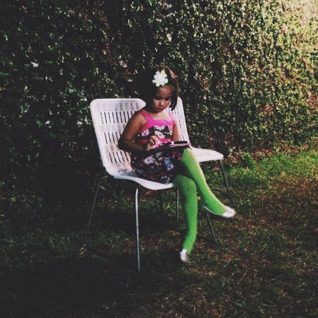 Mi prima Daniela y el iPad