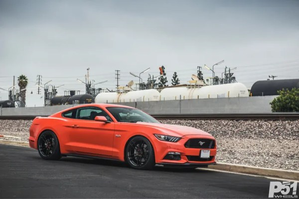 ed-competition-orange-ford-mustang-gt-competition-pack-concave-rotary-forged-flow-formed-gloss-black-r-spec-wheels-blog-front-side-profile