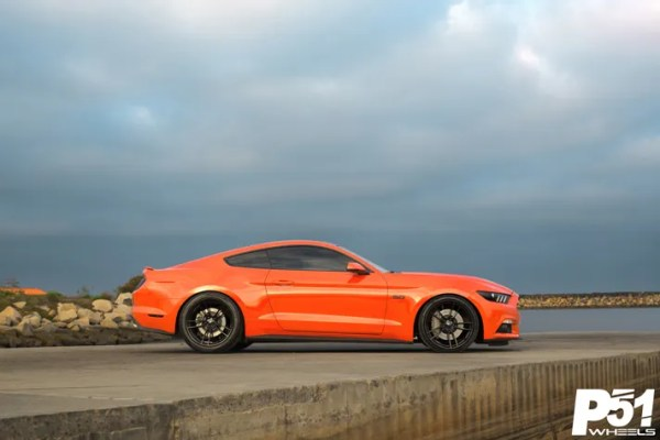 miguel-competition-orange-ford-mustang-gt-competition-pak-concave-rotary-forged-flow-formed-gloss-black-r-spec-wheels-blog-side