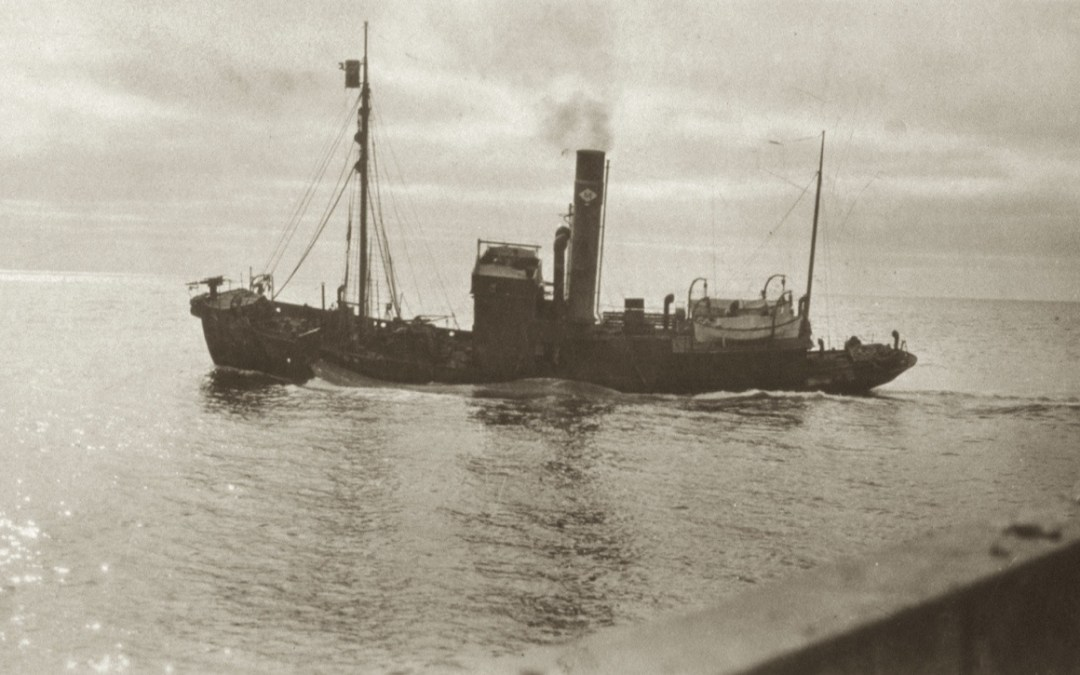 Pol IV with whale alongside