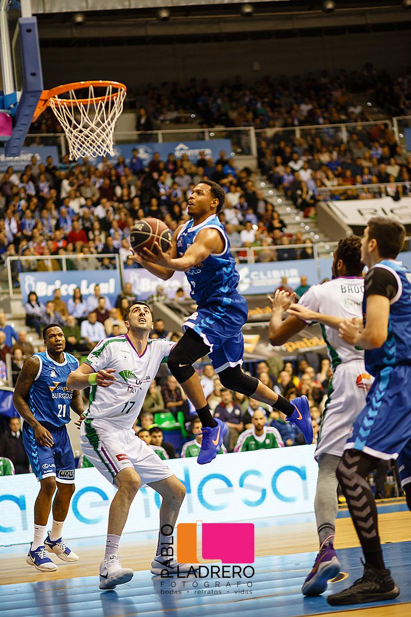 San_Pablo_Burgos-Unicaja_Malaga_realizada_por_Pablo_Ladrero_fotografo_de-deportes-de-burgos