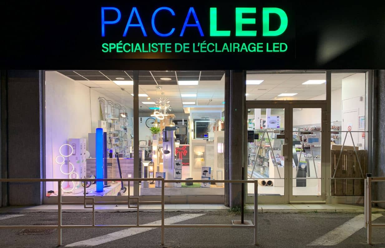 Photo Pacaled magasins luminaire Vitrolles