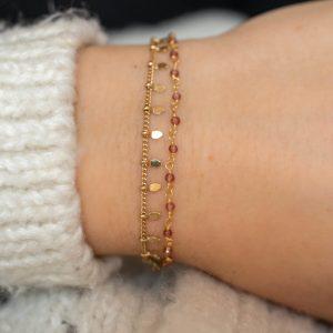 Bracelet fin doré double chaine perles grenats