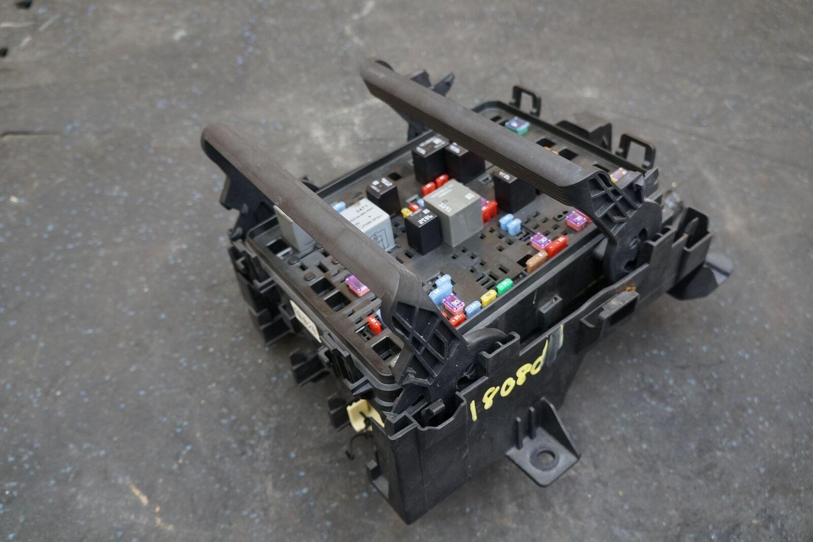 Engine Fuse Relay Box Block Module Ecu Ecm 23263498 Oem Chevy Automotive And