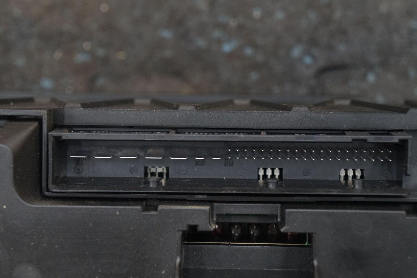 WRG-7799] Bmw F02 Fuse Box