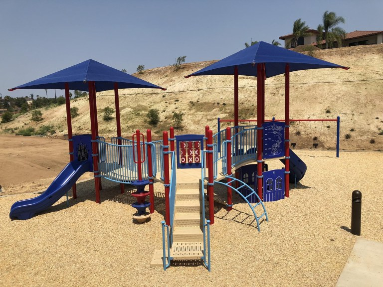 slide play park