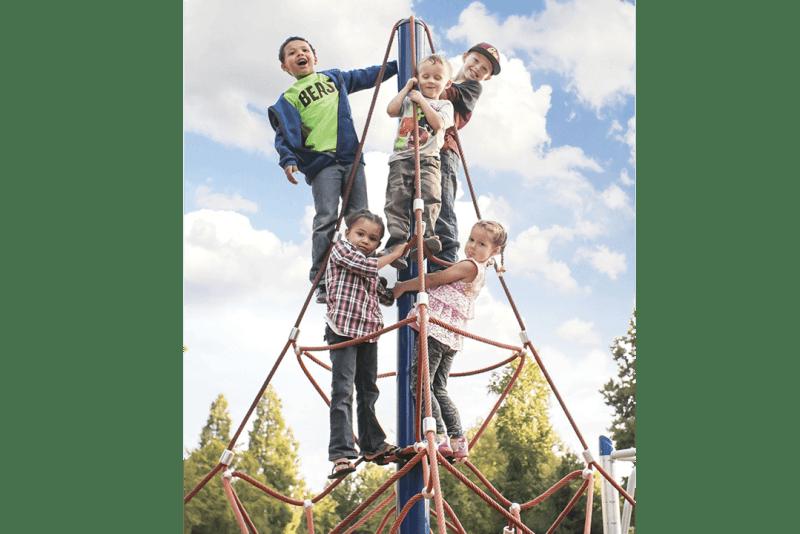 playground rope pyramid