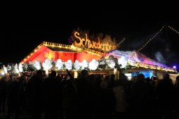 Winter Tollwood, by Packing my Suitcase