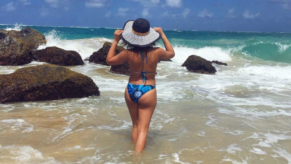 El Condado Beach.Packslight
