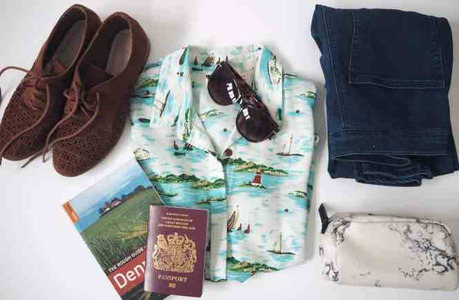 How to pack a suitcase in 10 steps | PACK THE SUITCASES