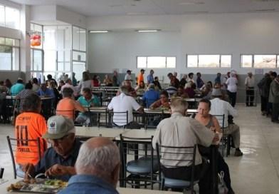 Restaurante Popular volta a funcionar em Londrina