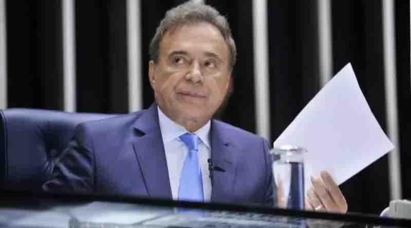 Alvaro Dias quer ser presidente do Senado