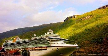 À descoberta dos fiordes da Noruega