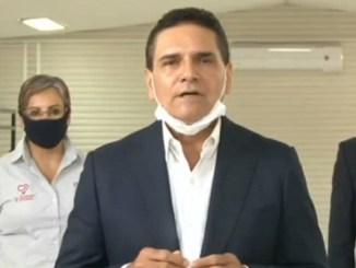 Gobernador de Michoacán, da positivo a Covid-19