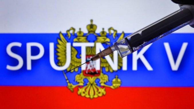 14% de vacunados con Sputnik V mostraron efectos secundarios leves