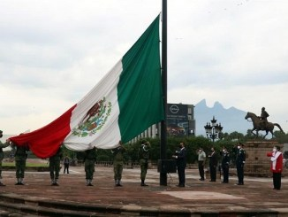 """""""El Bronco"""" se compara con Miguel Hidalgo, por su oposición al """"centro"""""""