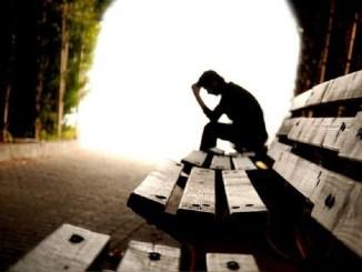 Suicidios entre jóvenes podrían incrementarse después de la pandemia