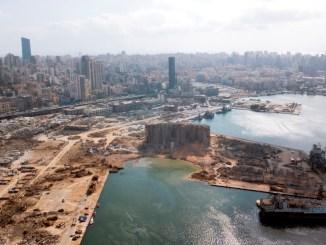 Ejército de Líbano encuentra al menos cuatro toneladas de nitrato de amonio en el puerto de Beirut