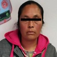 Acusada de explotar a sus propias hijas en un tianguis, una mujer es vinculada a proceso
