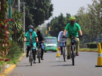 Instalan un sendero peatonal y ciclista emergente en Calzada Acoxpa #VIDEO