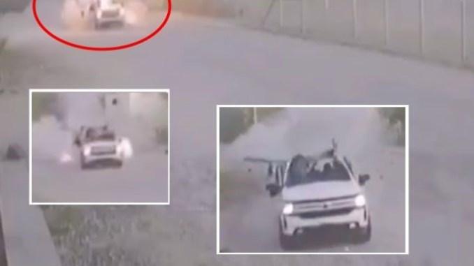 #VIDEO del momento en que estalla una granada dentro de una camioneta del Cártel Gente Nueva en Carborca