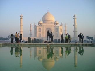 Pese a incremento en casos de Covid-19 en la India, autoridades reabrirán el Taj Mahal