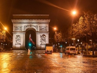 Francia vuelve al confinamiento por segunda ola de Covid-19