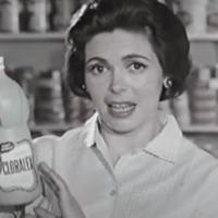 ¡Qué alguien les explique! Tiktokers se escandalizan por un comercial de Cloralex de hace 53 años #VIDEO