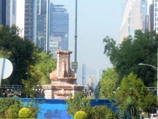 Claudia Sheinbaum pide reflexionar si es pertinente que la estatua de Colón regrese a la vía pública