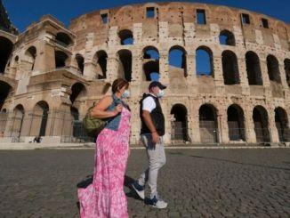 Italia mantendrá medidas por Covid-19 ante posible tercer rebrote