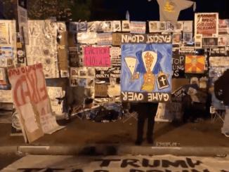 "Grupo anti-Trump ""festeja"" afuera de la Casa Blanca #VIDEO"