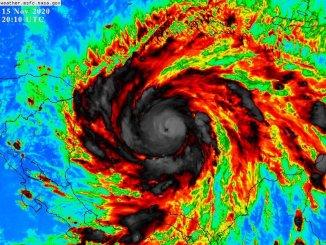 Iota se fortalece como huracán, rumbo a Centroamérica