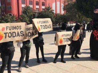 """Colectivos feministas marchan en CDMX, exigen alto a """"cacería de brujas"""""""